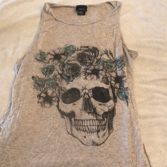 Rue21 Tops - Skull with Flower Crown Top